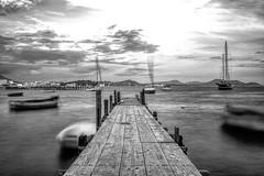 "Bnw pier <a style=""margin-left:10px; font-size:0.8em;"" href=""http://www.flickr.com/photos/142476036@N07/45532610924/"" target=""_blank"">@flickr</a>"