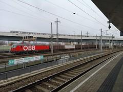 Stadlau (_Southern Adventurer) Tags: wien wienstadlau öbb vectron osterreichishebundesbahnen oebb austria