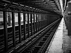 Jefferson Street Station, Brooklyn, NYC (SG Dorney) Tags: bw blackandwhite monochrome ny newyorkcity brooklyn bushwick subway newyorkcitysubway