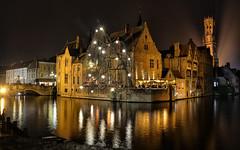 Rozenhoedkaai (Perfect Gnat) Tags: belgium bruges rozenhoedkaai city nightshot middleage canal europe architecture building water reflection streetlight christmas bridge brugge belgique