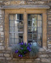 Castle Combe window, Cotswolds (Bob Radlinski) Tags: castlecombe cotswoldsbath england europe greatbritain uk wiltshire travel em1c9928orf