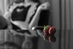 strawberry (Francis.Ho) Tags: strawberry xt2 fujifilm monochrome reflection