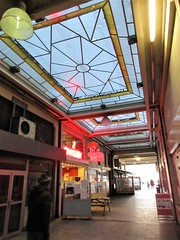 Passage de la Gare, arcade in Namur, Belgium (Paul McClure DC) Tags: belgium belgique wallonie wallonia feb2018 namur namen ardennes historic architecture