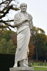 Statue (Bri_J) Tags: chatsworthhousegardens bakewell derbyshire uk chatsworthhouse gardens chatsworth statelyhome autumn fall nikon d7500 statue stone