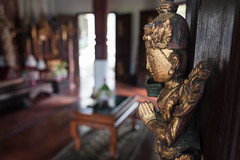 Oldies (SLpixeLS) Tags: thailand dara devi hotel chiangmai statue door carving sculpture furniture