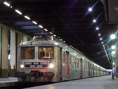 Les dernières Z5300 à PLY (ChristopherSNCF56) Tags: z5300 z5317 z5368 z5362 paris gare ply petitgris trains train sncf transilien automotrice rer