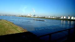 Düsseldorf from the train (Mado46) Tags: mado46 bxl06 river fluss rhein rhine rijn binnenschiff inlandwatervessel düsseldorf nrw germany deutschland re13 eurobahn 333v3f