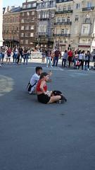 2018-07-14_18-43-39_ILCE-6500_DSC08914 (Miguel Discart (Photos Vrac)) Tags: 2018 34mm beleng belgie belgique belgium bru brussels bruxelles bxl bxlove e18135mmf3556oss focallength34mm focallengthin35mmformat34mm ilce6500 iso100 photoderue photography sony sonyilce6500 sonyilce6500e18135mmf3556oss street streetphotography worldcup worldcup2018