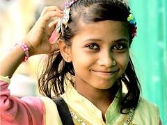 smile of a stateless girl (press & pleasure - pap) Tags: rohingya refugee coxs bangladesh muslim girls smile potrait asia children