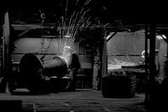 Men At Work (RadarO´Reilly) Tags: fabrik factory funken spark nachtschicht nightshift arbeit work arbeiter worker sw bw blanconegro monochrome noiretblanc zwartwit iserlohn mk nrw germany