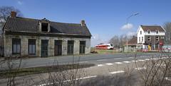 Kropswolde (Tim Boric) Tags: kropswolde station trein groningen leer arriva spoorwegen railways bahn zug stadler gtw