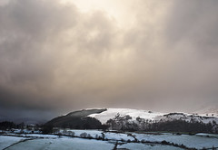 Light on Latrigg (Alf Branch) Tags: fells landscape lakedistrict lakesdistrict cumbria cumbrialakedistrict clouds light sunlight snow mountains alfbranch