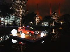 Autostadt Wolfsburg (muckypuppy) Tags: deutschland germany architektur architecture wolfsburg volkswagen vw niedersachsen christmas weihnachten reflection car auto