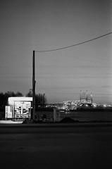 56120031 (Philipp Lillo) Tags: 35mm 35mmfilm filmphotografy streetphotografy analogphoto filmisnotdead film ilford ilfordpan400