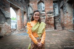 Ayutthaya (ArchMerciGod) Tags: red green ayutthaya thai บุพเพสันนิวาส ละคร ช่อง3 family thaidress portrait fashion beautiful vintage ancient city lopburi อยุธยา ลพบุรี
