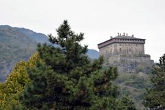 DSC_8750_4950.- Valle d'Aosta - Castello di Verrès - (angelo appoloni) Tags: valle daosta verrès castello monti boschi castle mountains woods