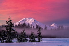 New Year's Sunset in Central Oregon (TierraCosmos) Tags: sunset colorfulsky southsister threesistersmountains snow winter scenic landscape trees fog clouds centraloregon oregon