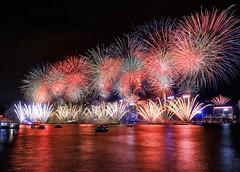 HONG KONG ~2019 香港維多利亞港跨年煙火 (Estrella Chuang 心星) Tags: 煙火 香港 跨年 2019 維多利亞港 夜景 nightview fireworks hongkong 跨年煙火