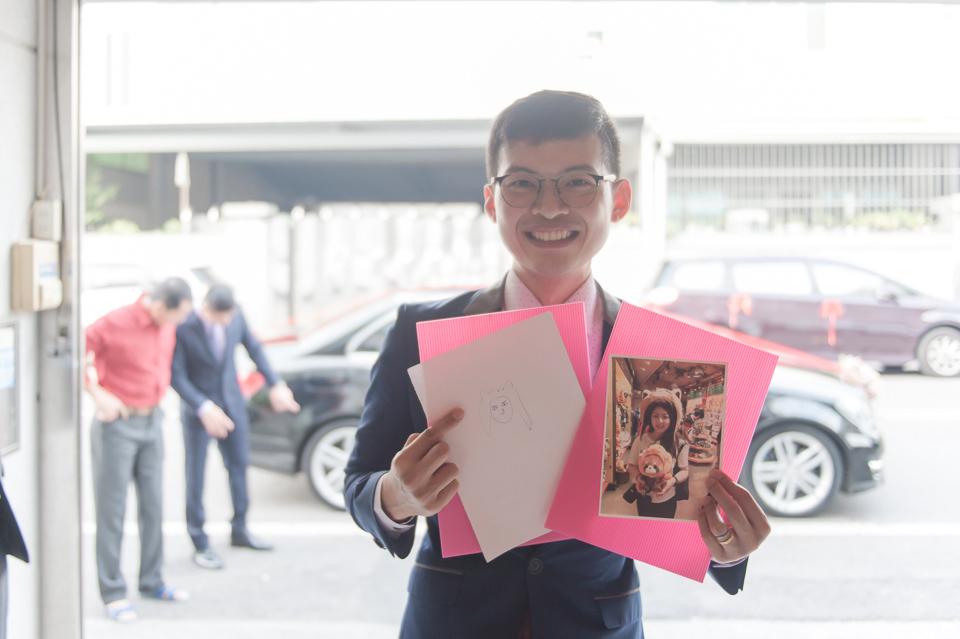 台南東東宴會式場 婚宴 走在幸福的紅毯上 R & B 019