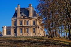 Château (Chrisar) Tags: château nikond750 angénieux3570 dxophotolab automne