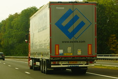 Krone Mega Liner 2016 - Ewals Cargo Care B.V. Tegelen, Holland (Celik Pictures) Tags: paysbas holland hollande hollanda nederland niederlande thenetherlands europe transit continentals international autobahn autosnelweg vacationphotos roadphotos movingvehicles e314snelweg e314 gezienbij314autosnelweg krone mega liner 2016 op69hy tegelen ewalscargocarebv