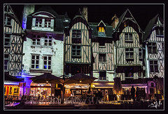 La place Plumereau illuminée / Plumereau square illuminated - Tours (christian_lemale) Tags: place plumereau square tours nuit night illuminations touraine maisons pans de bois colombages houses halftimbered france nikon d7100