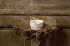 Holy water (Phil*ippe) Tags: interior our lady saint peters church ghent holy water cup