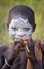 Suri Child (Rod Waddington) Tags: africa african afrique afrika äthiopien ethiopia ethiopian ethnic ethnicity etiopia ethiopie etiopian suri tribe traditional tribal child girl outdoor omovalley omo omoriver portrait people painted face