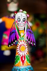She Was an Artist and a Mother (Thomas Hawk) Tags: america arizona phoenix us usa unitedstates unitedstatesofamerica sculpture skeleton fav10