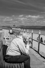 © Zoltan Papdi 2018-5594 (Papdi Zoltan Silvester) Tags: édimbourg portobello réel rue vie gens humain voyage journalisme real street life people human trip journalism paysage vue pointdevue landscape view pointofview plage beach monochrome ciel