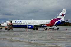 C-FLHE (Flair Airlines) (Steelhead 2010) Tags: flairair boeing b737400 yhm creg cflhe