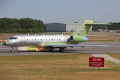 1326 Bombardier Global 6000 United Arab Emirates Air Force unpainted beacon flash Cambridge 04th July 2018 (michael_hibbins) Tags: 1326 bombardier global 6000 united arab emirates air force unpainted cambridge 04th july 2018 military aeroplane aircraft aviation aerospace airplane aero airport airports predelivery uae modified primer jet jets twin engined ttail cbg egsc