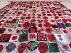 Llantwit Major Poppy wall hanging. (aitch tee) Tags: valeofglamorgan llantwitmajor rememberthem lestweforget poppies crafts wallhanging decorative southwales uk remembranceday worldwar1 centenary handicrafts wewillrememberthem llantwitmajorremembers 100years