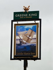 Clevedon, Somerset (cherington) Tags: littleharpinn clevedon somerset england unitedkingdom greeneking burystedmunds pictorialsigns pubsigns traditionalpubsigns englishpubsigns socialhistory innsigns