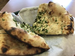 Onion naan at Al Noor in Lawndale (TomChatt) Tags: food pakistanifood parttimevegetarian