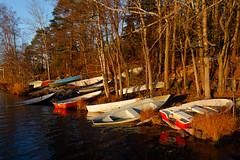 Autumn evening (Antti Tassberg) Tags: vene espoo jupperi landscape pitkäjärvi suomi syksy autumn boat fall finland järvi lake scandinavia uusimaa fi