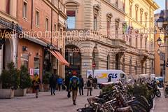 Lucio Dalla's house neighborhood in Bologna, Italy (alessio.vallero) Tags: streetphotography italianmusic musicaitaliana music singer song luciodalla bologna metropolitancityofbologna italy it