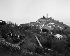 Monsaraz, Alentejo, Portugal (Shooting Analog) Tags: blackandwhite bw monsanto portugal analog ilfordfp4 4x5 largeformat linhof linhoftechnika