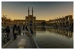 Amir Chakhmaq Complex (bit ramone) Tags: yazd irán amirchakhmaqcomplex bitramone travel viajes agua water plaza square sunset atardecer pentax pentaxk3ii