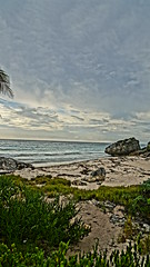 2017-12-07_09-23-41_ILCE-6500_DSC02297 (Miguel Discart (Photos Vrac)) Tags: 2017 24mm archaeological archaeologicalsite archeologiquemaya beach e1670mmf4zaoss focallength24mm focallengthin35mmformat24mm hdr hdrpainting hdrpaintinghigh highdynamicrange holiday ilce6500 iso100 landscape maya meteo mexico mexique pictureeffecthdrpaintinghigh plage sony sonyilce6500 sonyilce6500e1670mmf4zaoss travel tulum vacances voyage weather yucatecmayaarchaeologicalsite yucateque