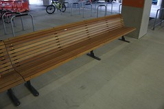 Bench at Wellington Airport (4nitsirk) Tags: bench wellington