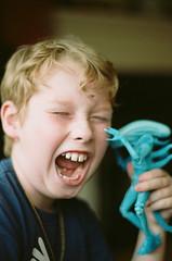 Alien! (gilli1812) Tags: minolta x500 minoltax500 rokkor58mmf14 58mm rokkor 35mm 35mmfilm alien kodak portra kodakportra160 analog portrait