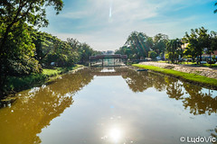 Siem Reap River (Lцdо\/іс) Tags: siemreap river cambodge cambodia kambodscha water sun reflection reflexion reflet sunny summer novembre november 2018 asia asian asie asiatique lцdоіс