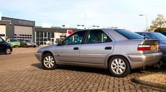 Citroën Xantia 1.8i 16V Pallas (Skylark92) Tags: nederland netherlands holland brabant noordbrabant heusden heesbeen citroënforum najaarsmeeting road tree windshield wheel citroën xantia 18i 16v pallas xldh22 1999 onk