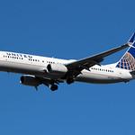 N37422 - United Boeing 737-900ER thumbnail