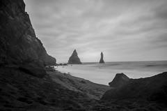 Looks a bit grey (Trigger1980) Tags: iceland island ice nikon nikond7000 l long lights lens sky sea rocks d7000 exposure