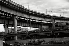 relitti sui fondali della tangenziale (duegnazio) Tags: italia italy lazio roma rome duegnazio canon40d sanlorenzo tangenzialeest relitto barca ship sopraelevata ponte biancoenero blackandwhite