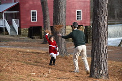 2018-12-23 16.27.03 (whiteknuckled) Tags: christmas fayetteville smiths family trip 2018 portraits photos starrs mill