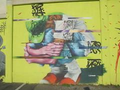896 (en-ri) Tags: f droufla ragazzo boy giallo nero rosso torino wall muro graffiti writing