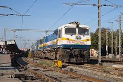 Indian Railways WDP-4D 40457 Bhopal Junction (daveymills37886) Tags: indian railways wdp4d 40457 junction bhopal